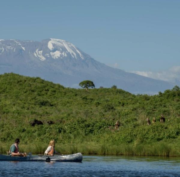 Arusha National Park & Walking Safari & Canoeing